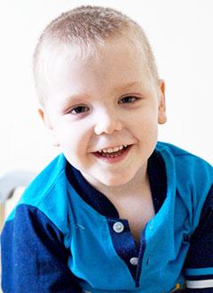Сережа Туркин, 4 года, ювенильный миеломоноцитарный лейкоз, спасет лечение. 275988 руб.
