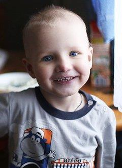 Егор Гарнов, 3 года, врожденный порок сердца, спасет эндоваскулярная операция. 597378 руб.
