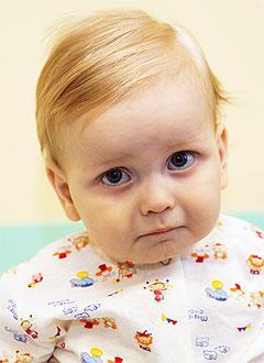Артем Перминов, 11 месяцев, гепатобластома – злокачественная опухоль печени, спасут лекарства. 1356250 руб.