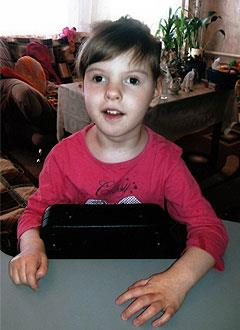 Лиза Макарова, 7 лет, детский церебральный паралич, требуется лечение. 199430 руб.