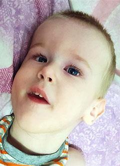 Денис Сердюков, 4 года, детский церебральный паралич, требуется лечение. 173600 руб.