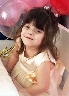 Луиза Коч, 4 года, деформация черепа, требуется подготовка к операции с использованием саморассасывающихся пластин. 730000 руб.