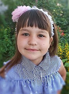 Диана Осташова, 7 лет, врожденный порок сердца, спасет эндоваскулярная операция. 294568 руб.