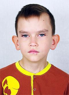 Рамазан Садыков, 8 лет, врожденный порок сердца, спасет операция, требуется катетер. 215937 руб.