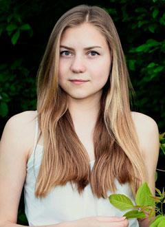 Рита Украдыженко, 17 лет, врожденный порок сердца, спасет эндоваскулярная операция, требуется окклюдер. 172416 руб.