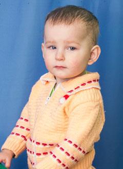 Вика Петрушина, полтора года, тяжелый врожденный порок сердца, спасет эндоваскулярная операция, требуются стенты и расходные материалы. 543043 руб.