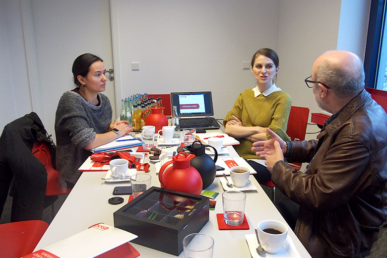 9. DKMS (Кельн, Германия), слева направо: Анна Андрюшкина, Катарина Виммер, Лев Амбиндер